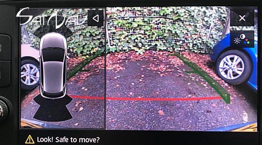 seat-reversing-camera-001